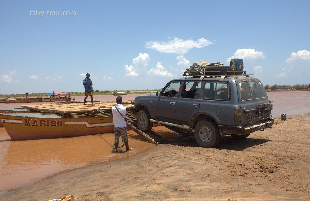 river Tsiribihina